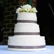 wedding cake emoji wedding cakes archives patty s cakes and desserts