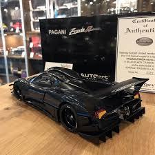 blue pagani zonda autoart 1 18 pagani zonda revolucion blue black carbon fiber