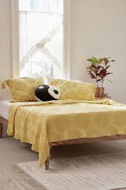 Eastern Accents Coverlets Best 25 Coverlet Bedding Ideas On Pinterest Bed Linens Neutral