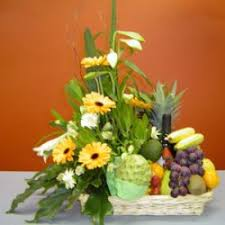 fruit flowers baskets tina s gift baskets flowers delivery all the algarve