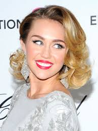 miley cyrus type haircuts miley cyrus s major beauty moment prom retro and miley cyrus