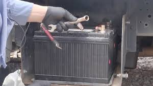 change truck battery in big truck 1 youtube