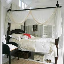 Four Poster Bed Curtains Drapes 9 Ways To Dress A Four Poster Bed In Canopy Beds With Drapes