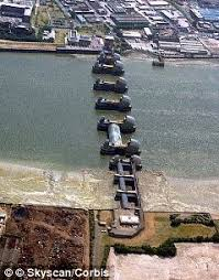 thames barrier failure new map shows how london could have become an underwater city if the