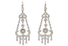 Tory Burch Beaded Chandelier Earring 5 Classic Jewelry Styles Steeped In History