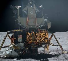 Can You See The Us Flag On The Moon Moon Junk Over 70 Things We Left On The Moon