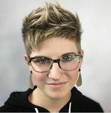 Sch E Kurzhaarfrisuren F Frauen by Die Besten 25 Kurzhaarfrisuren Mit Brille Ideen Auf