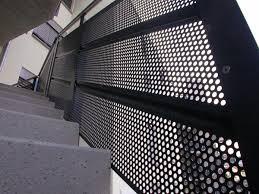 balkon lochblech chestha verkleidung design balkon