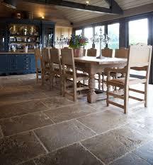 Tile For Kitchen Floor by 25 Best Flagstone Flooring Ideas On Pinterest Stone Flooring