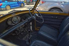 mini cooper interior file mini cooper interior jpg wikimedia commons