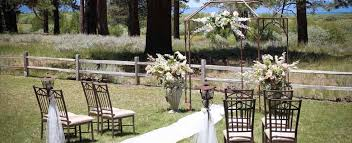 Wedding In The Backyard Meadow Lake House Lake Tahoe Weddings Weddings In Lake