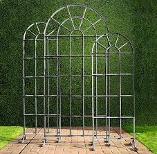 Trellis Arches Garden 10 Easy Pieces Garden Trellis Panels Gardenista