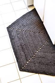 Half Circle Rugs Best 25 Crochet Rug Patterns Ideas On Pinterest Rug Patterns