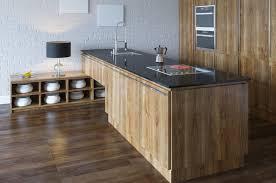 cuisine mr bricolage catalogue deux styles pour une cuisine au naturel trouver des idées de