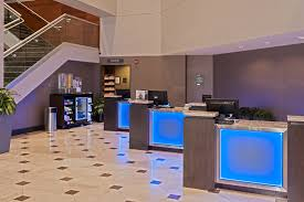 2 bedroom suites near mall of america hotel near minneapolis st paul airport crowne plaza aire