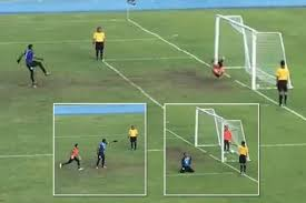 Penalty Flag Football Incredible Footage Shows U0027keeper Fooled By Unbelievable Back