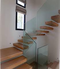 cuisine cagne moderne escalier marche en porte à faux escalier de style moderne par
