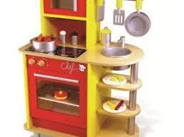 cuisine bebe jouet dinette en bois pour cuisiner tout comme une grande 2 aliments