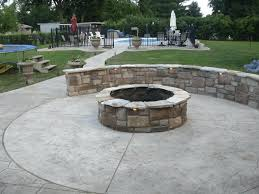 Backyard Design Ideas With Fire Pit by Backyard Concrete Patio Ideas U2013 Hungphattea Com