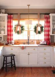 Small Farmhouse Kitchen White Wall Kitchen Cabinet White Spray - Paint wood kitchen cabinets