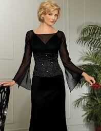 of the gowns of the dresses dresses black color makes
