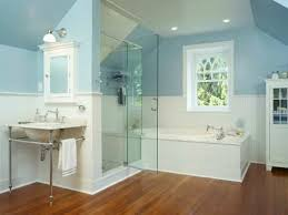 small master bathroom incorporating lots of white and clear glass