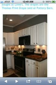 what color cabinets go with white appliances of kitchen