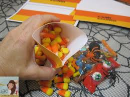discount halloween party favors diy candy corn halloween party favors