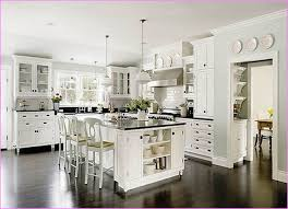 should i paint my ceiling white what color should i paint my kitchen cabinets with white appliances