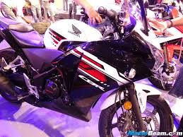 buy honda cbr 150r honda reveals prices of refreshed cbr150r u0026 cbr250r