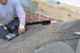 Shingling A Hip Roof How To Shingle A Roof 90 Pics Pro Tips Recommendations One