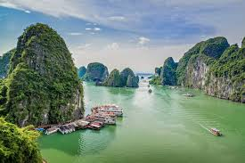 most beautiful places in the usa goasiadaytrip u0027s blog halong bay hanoi and hoi an entered the top