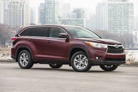 hyundai jeep 2015 suv comparison toyota highlander vs hyundai santa fe xl driving