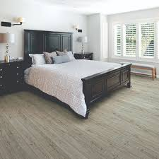 Laminate Bedroom Flooring Bedrooms Bedroom Flooring Remodeling Pictures And Ideas From