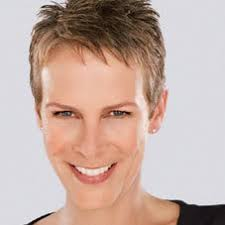 how to get the jamie lee curtis haircut jamie lee curtis short hair style celebrity hairstyle