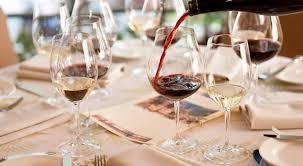 chambrer un vin chambrer un vin avant de le servir est ce conseillé