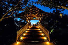 thanksgiving dinner hawaii dinner in a maui tree house for 1 200 and you get to set the