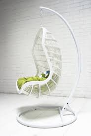 Patio Chair Swing 33 Awesome Outdoor Hanging Chairs Digsdigs