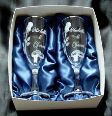 engraving wedding gifts learn to carve glass engrave glasses for a wedding gift
