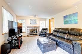 Family Room Interior Design Rich Black Leather Furniture Set - Family room leather furniture