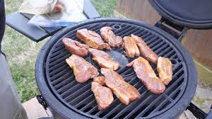 easy kamado country style ribs yummehhh youtube