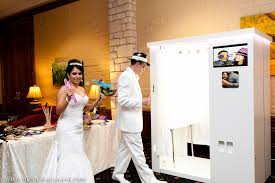 wedding photo booth rental why would you employ a photo booth service ycit studio