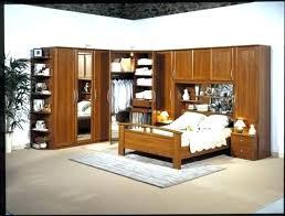 placard chambre à coucher armoire murale chambre e coucher placard chambre a coucher dco