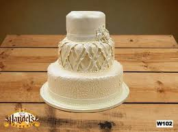 wedding cakes new orleans i run for wine wedding wednesday wedding cakes