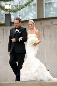 modern bride sports a vera wang wedding dress at cool chicago