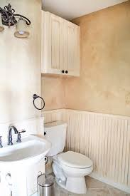 Best Primer For Bathroom by Tips For Painting Wainscoting Maison De Pax