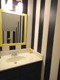 yellow black white bathroom ideas thesouvlakihouse com