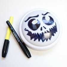 halloween eye lights diy halloween push light popsugar smart living