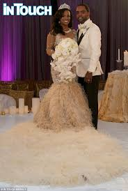 kandi burruss wears 20 000 wedding dress in first photos of