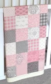 Nursery Bedding For Girls Modern by 290ef05211a36827b570411c5e77da03 Jpg 570 946 Pixelů Baby Bedding